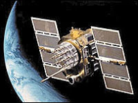 broken US spy satellite could fall to earth