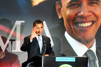 man held on charge of threating to kill obama