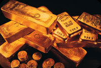 gold hits new record of over $910
