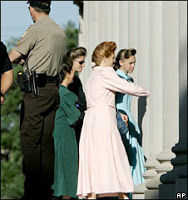 court overrules texas polygamist sect raid