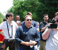 epoch times interviews alex jones at bilderberg