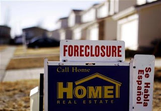 1 in 8 US homeowners late paying or in foreclosure