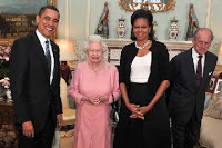 obama gives the queen of an ipod
