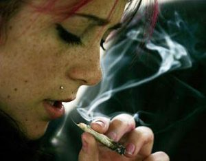 Feds to imprison pot smokers for 'impaired driving'?