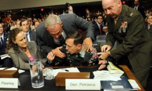 Petraeus faints during grilling over US in Afghanistan